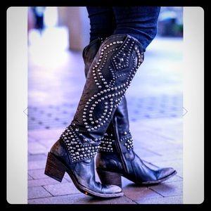 """Old Gringo """"Belinda"""" studded boots"""